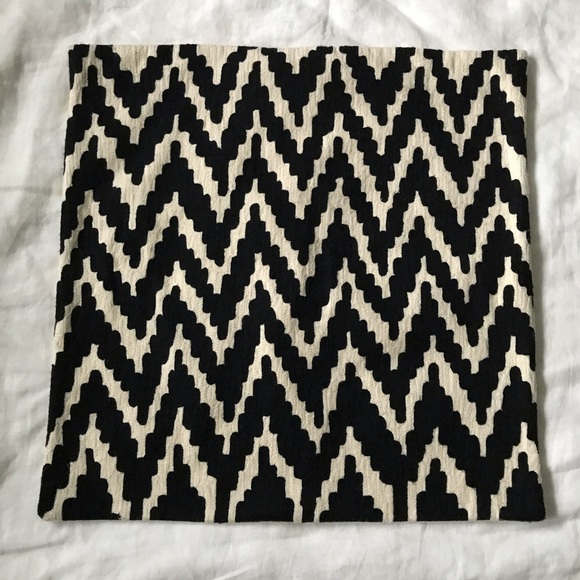 West Elm Other - W E S T  E L M // Chevron Pillow Cover